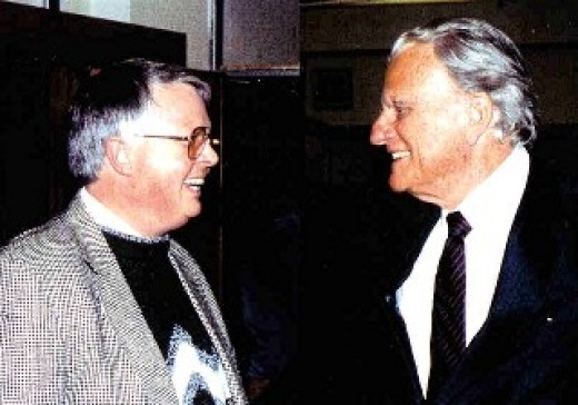 Dan Wooding with Billy Graham.  Dan worked as a writer for Rev. Graham in places like Russia, Germany and Puerto Rico