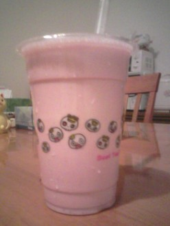 Make It Yourself - Strawberry and Banana Smoothie with Honey