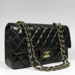 Chanel classic flap in lambskin with gold hardware