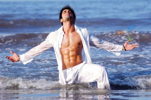 Karan Singh Grover from india-forums.com