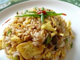 Главный секрет приготовления настоящего восточного жареного риса...