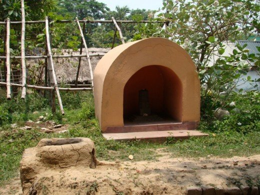 the small cave -like temple of Shiva
