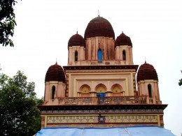 The nine pinnacled  (Nava Ratna) top of the Bramhamoyee temple