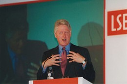 "Bill Clinton 2001 Delivering the Lecture ""On Globalisation"""