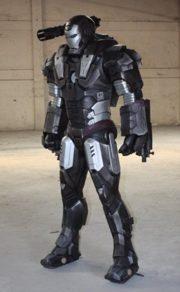 Life-sized War Machine sculpture to be presented at Toy Con 2011