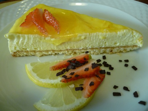 Lemon Mousse Torte