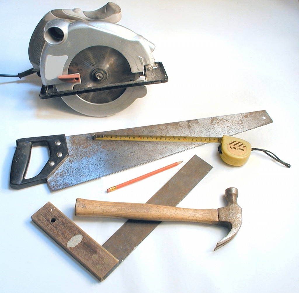 20 Essential Tools For DIY Projects And Home Repair