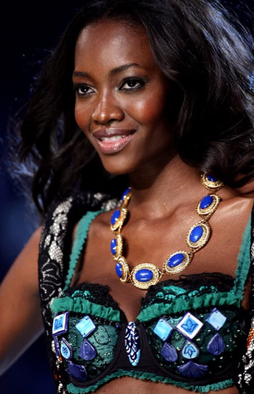 Nigerian supermodel Oluchi Onweagba lights up the runway with her ebony radiance.