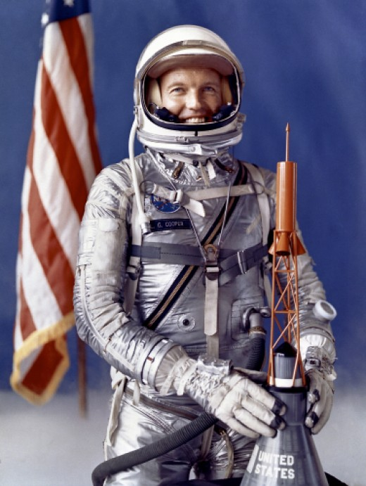 Astronaut Gordon Cooper saw a UFO heading for his capsule