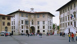 Piazza dei Cavalieri, located in the town of Pisa/Italy by Manfred Heyde