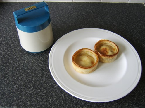 Hot Pies Ready to Be Stored in a Food Thermos