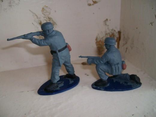 Base coated figures