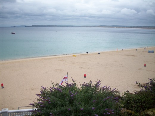Beautiful white sand and ocean at Porthminster Bay