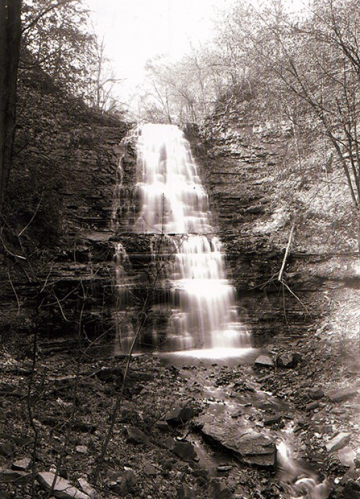 1905 Photo of Sherman Falls.