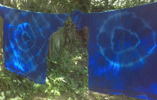 Tie-dyed t-shirts dry.