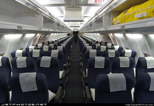 Northwest Airlines economy class on a Beoing 757