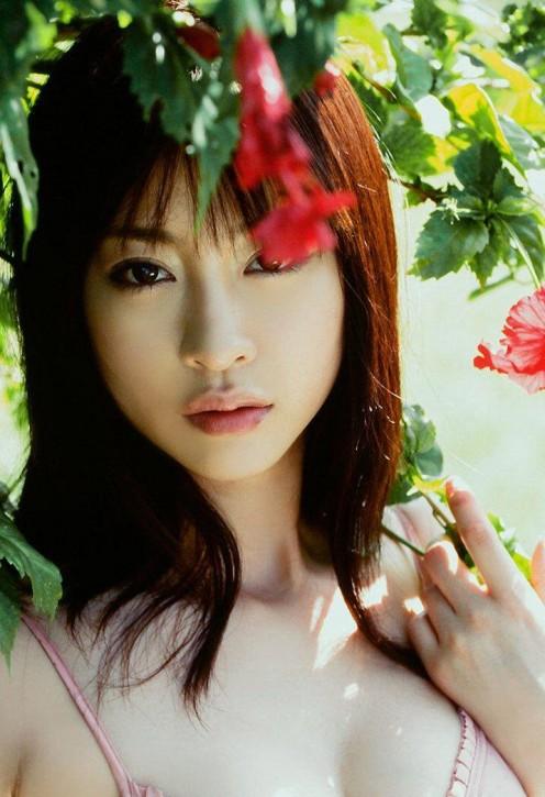 Japanese gravure idol Megumi Kagurazaka is quite the astonishing young woman.