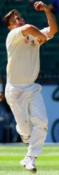 The bowling action of a slow left-arm unorthodox bowler: Australian Brad Hogg
