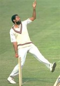 """Andy Roberts mastered the """"slow bouncer."""""""