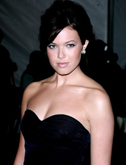 Mandy Moore Hot Pics and Vids
