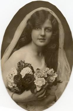 Original Photo of the Lady before Photo Restoration