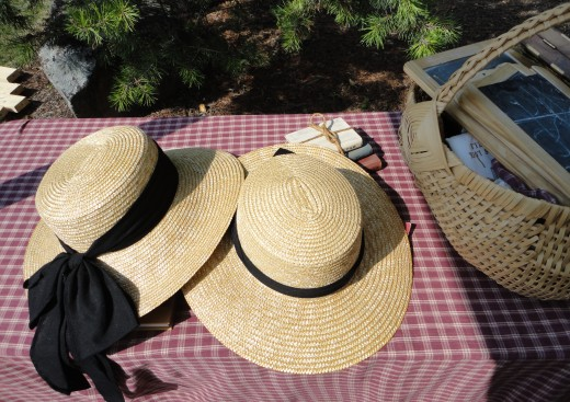Image of women's straw hats