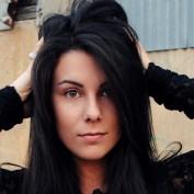 LaynieLou profile image