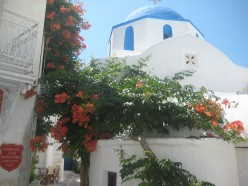 Paros. Hotels, apartments, activities and restaurants.