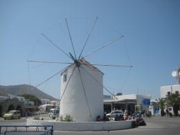 A Paros windmill