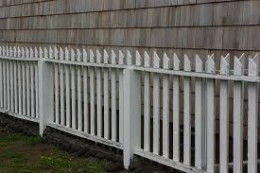 wood picket fencing