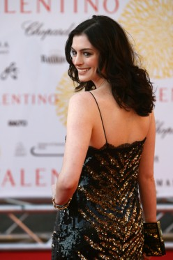 Beautiful actress Anne Hathaway certainly looks lovely with her dark hair.