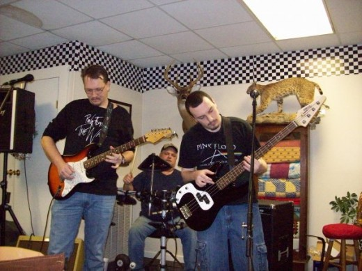 Me & Tim Hood (drums) Eric McDaniel  (Bass) @ The Smokehouse in Hackleburg