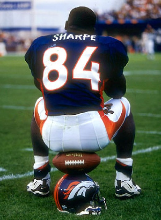 Shannon Sharpe  played Tight End     * Denver Broncos (1990-1999)     * Baltimore Ravens (2000-2001)     * Denver Broncos (2002-2003)