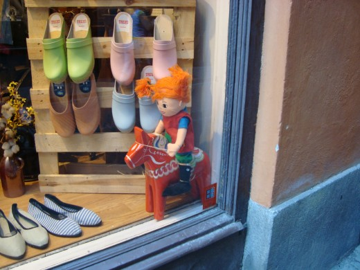 In the old town you can shop for many typical Swedish things like wood shoes, a Pippi Longstocking doll and a Dala horse.