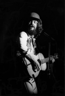 Jethro Tull March 1978 at London's Hammersmith Odeon. Photo by Stratocus