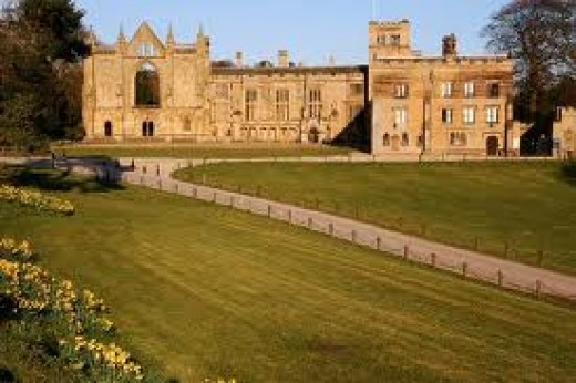 Cycle through Newstead Abbey