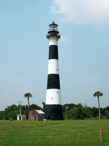 Restored just prior to 2009 and a popular tourist attraction. It is an active lighthouse.