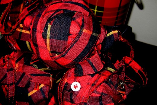Plaid Fabric Decor Balls