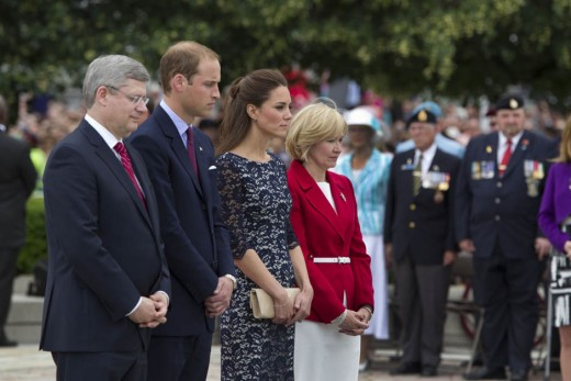 The Duke and Duchess attend a wreath laying ceremony at the National War Memorial in Ottawa to pay respect to Canadians who served from the First World War to current missions