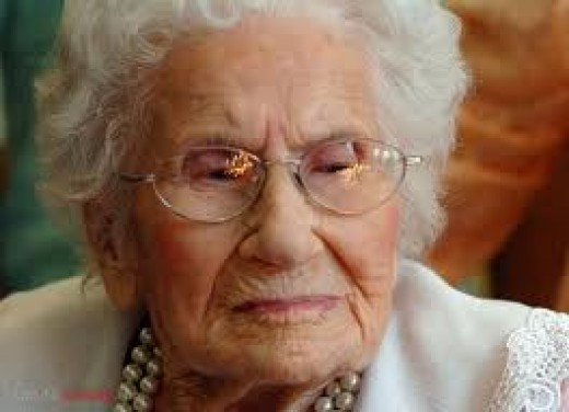 BESSE COOPER  is confirmed by Guinness World Records as the oldest living person in the world today.  She was born Aug. 26, 1896 in Sullivan County, Tenessee.  She now resides at Monroe, Georgia, USA.