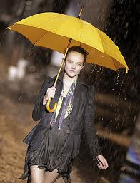 model from So Paulo fashion week monsoon collection
