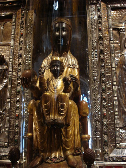 La Moreneta (the Black Virgin), Catalonia's patron saint. Used under Creative Commons License by-sa/3.0/