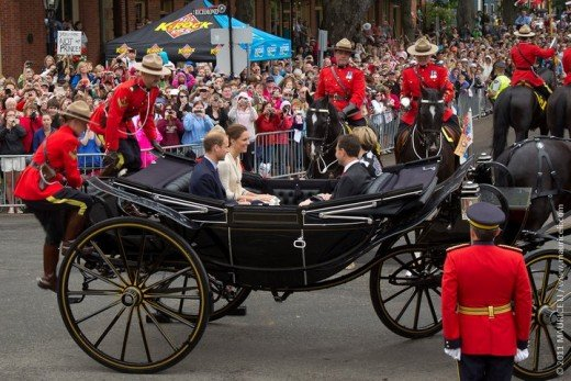 The Duke and Duchess get ready to proceed down Great George Street to Confederation Landing