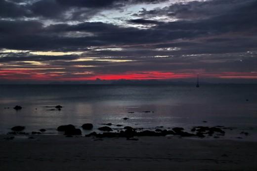 """Bild """"Roter Himmel"""" von bilder.n3po.com /a"""