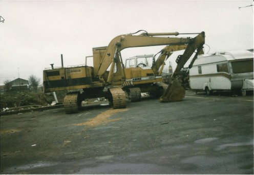 215  caterpillar excavator and my Liebherr 912
