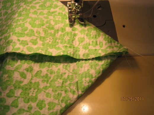 Photo I Showing How To Sew Wide End Of Triangle.