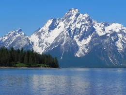 Grand Teton's From Coulter Bay 2011