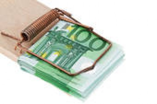 WHEN YOU BUY SOME CONVENTIONAL RAT TRAPS, YOU ARE ONLY THROWING YOUR MONEY AWAY WHILE THE RATS ONLY LAUGH AT YOU.