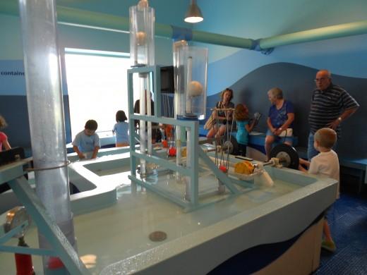 Kohl's Children's Museum water table room.