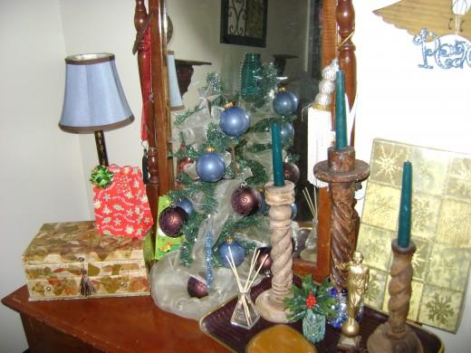 Antique dresser in the bedroom. Bedroom Christmas tree